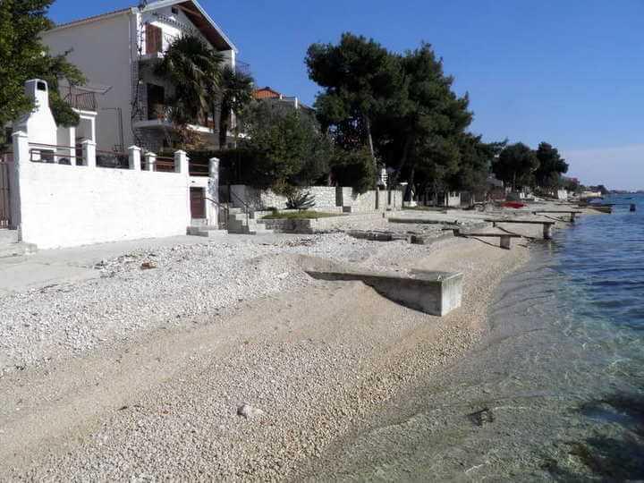 Spiagge a bibinje vicino a zara croazia for Cabine vicino a ohiopyle pa