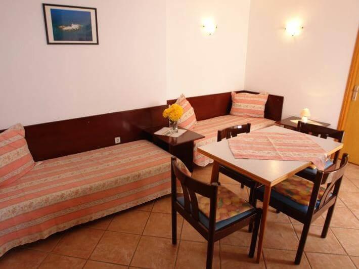 Appartamento a mali losinj in croazia mariza a2 for Soggiorno in croazia